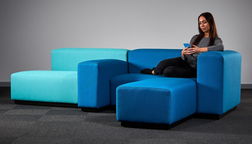 Landscape Modular Seating with Model_5